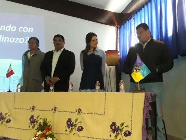 Analizan nuevas formas de gobierno y prevencion de la violencia en Cheran, Michoacán