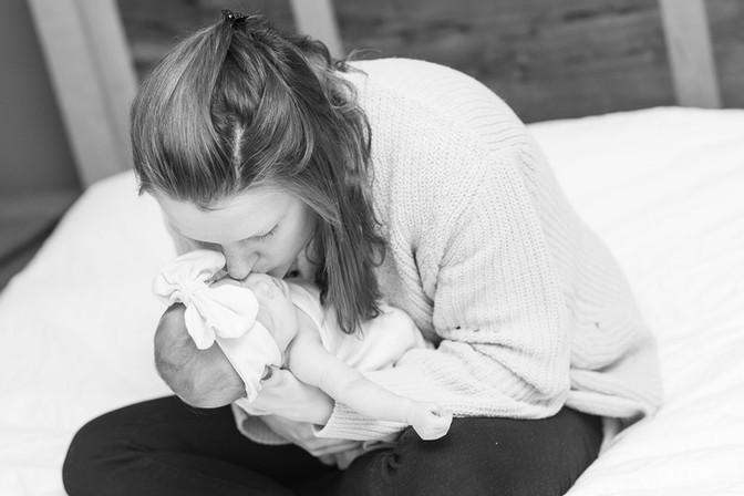 Eliza Newborn-119.jpg