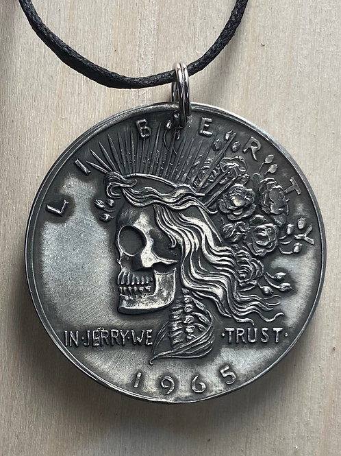 Deadhead Pendant (pewter/antiqued)
