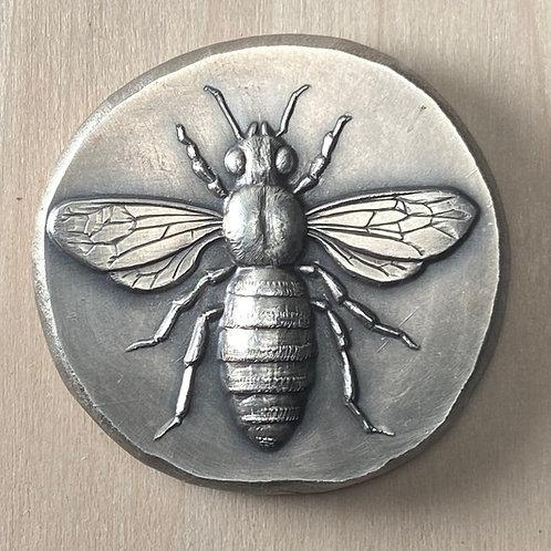 Bee/ Honeycomb