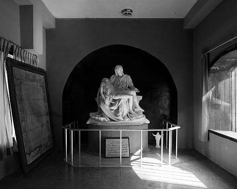 Réplica de la Pietá de Michelangelo mandada a hacer por Enrique Torres Belón en 1960.