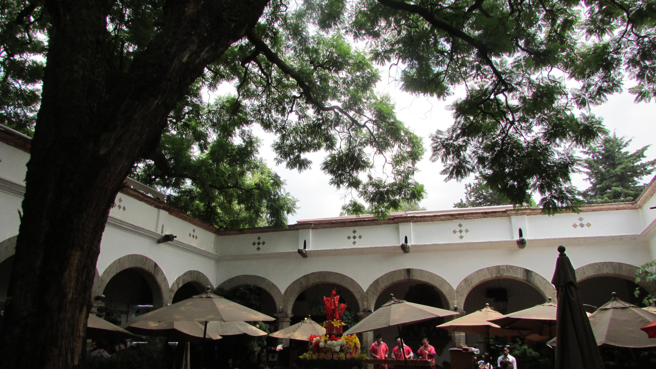 San Angél Plaza