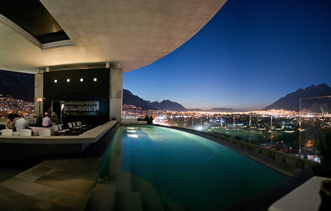 Habita: the nicest terrace of Monterrey.
