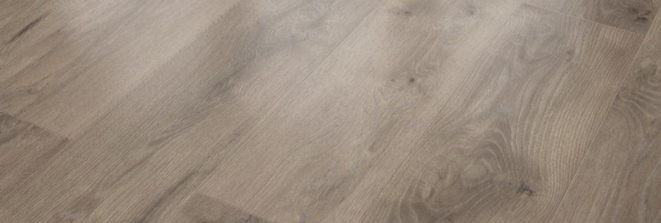 Wiparquet Authentic 8 Realistic Oak Hell