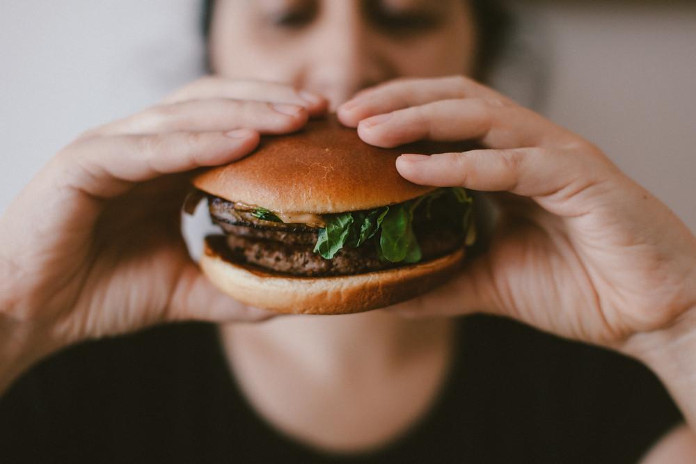 alimentacao consciente e comer intuitivamente