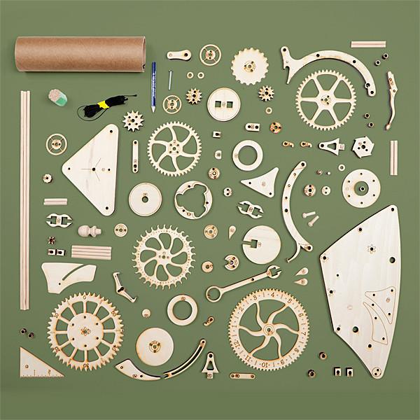 hshg_wooden_mechanical_clock_parts.jpg