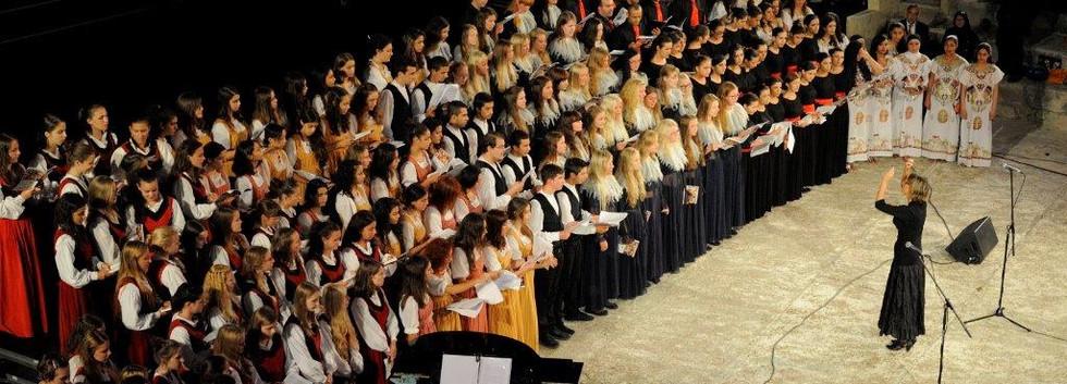 29 SEP13_756 Choral Crossroad.jpg