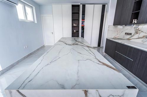 Leohome Kitchen-3.jpg