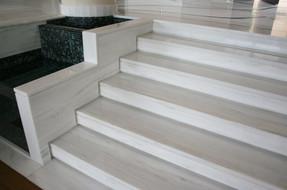 phoca_thumb_l_stairs_13_03.jpg