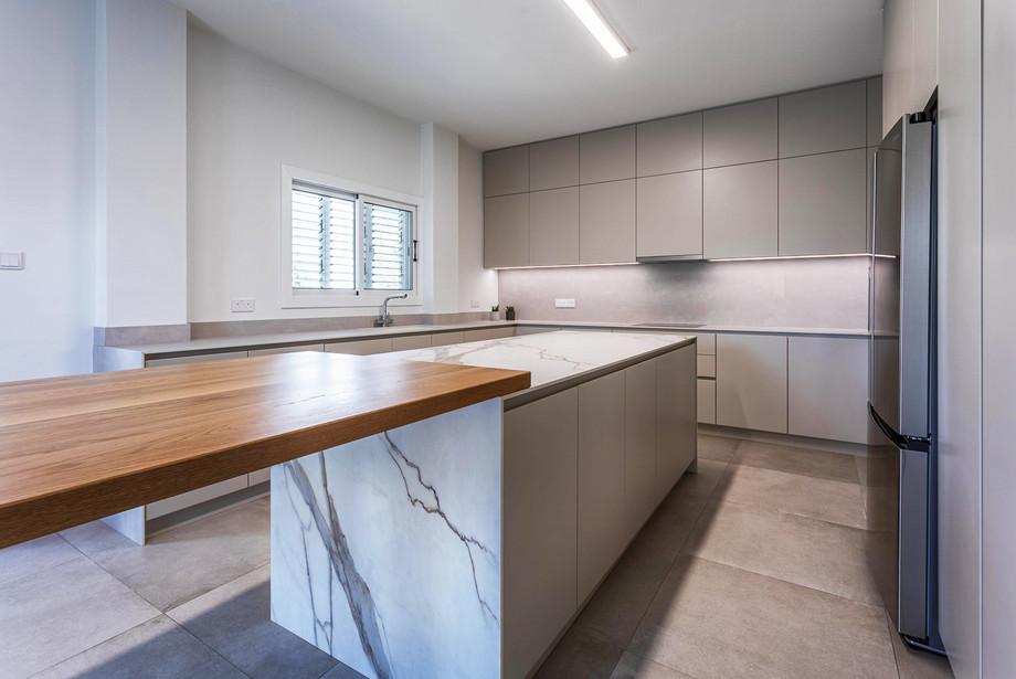 Egkomi Kitchen-3.jpg