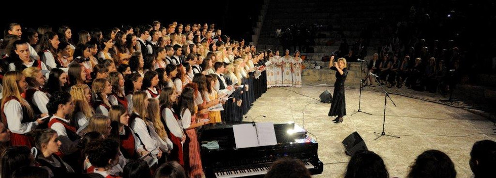 29 SEP13_754 Choral Crossroad.jpg