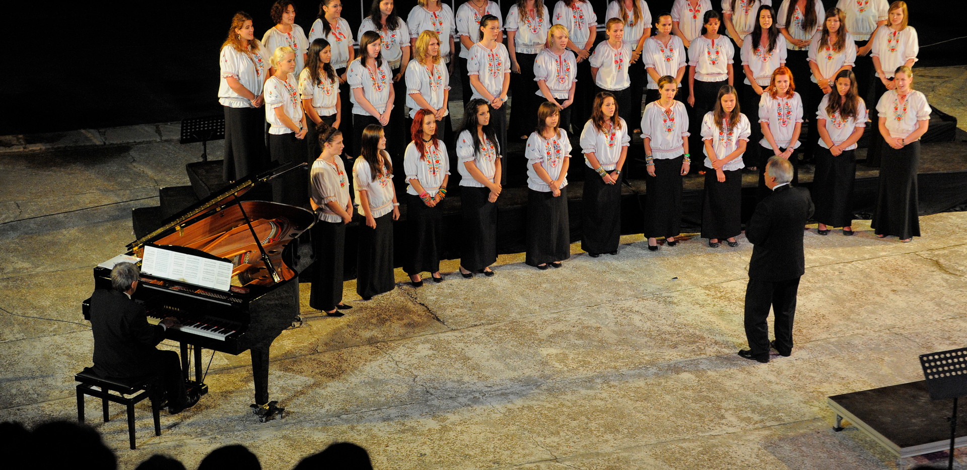 24 SEP11_2957 Choral Crossroads.JPG