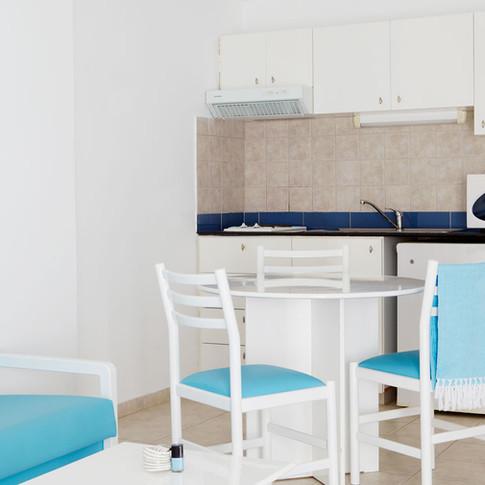 kitchen 1br.jpg