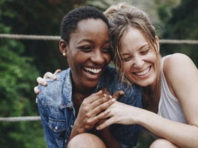 The True Colors of Friendships