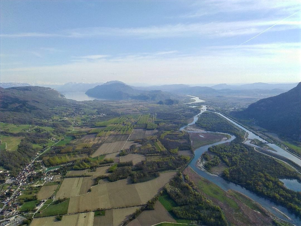 Survol du Rhône au niveau de Seyssel en parapente