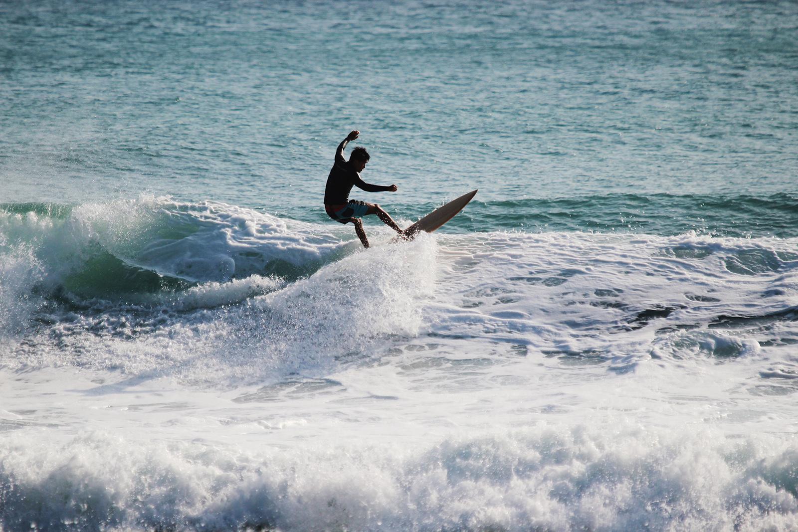 海浪木制-Hylerwoods-木浪板衝浪
