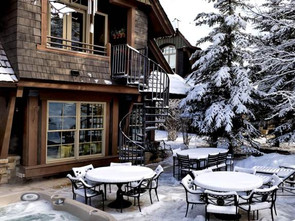 Ski-in Ski-Out Hotel Destinations to Dream for