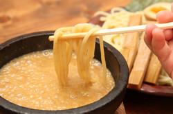 伊勢海老つけ麺・ウニつけ麺スープ接写