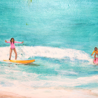 Surfer Girls!