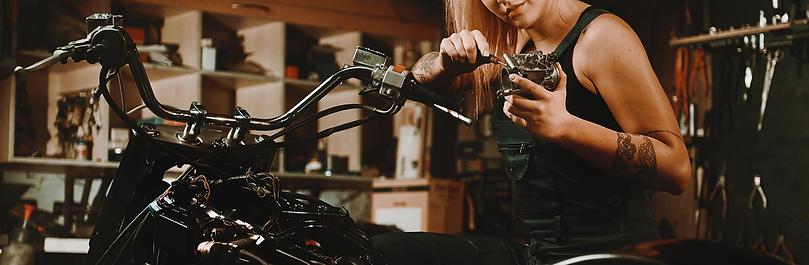 Accessoires pour votre moto : Selle, poignées, rétroviseurs, filtres, supports, bulles, protections, et plus encore ...