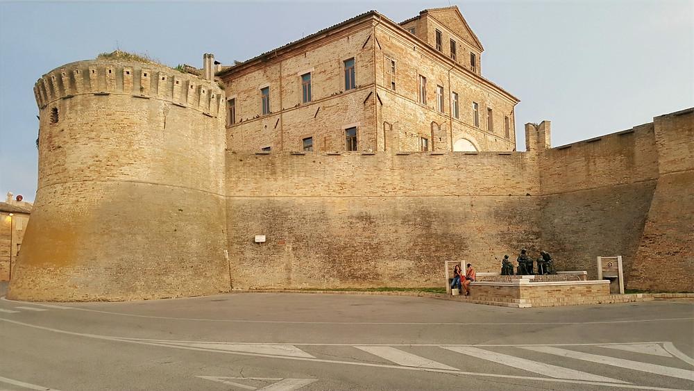 Mura di cinta del paese di Offida