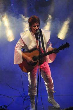 Alladinsane - David Bowie Tribute