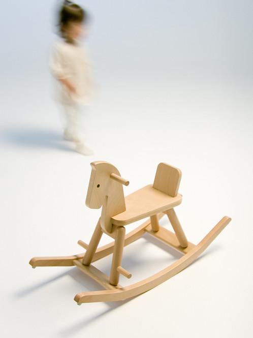 woodentoys02.jpg