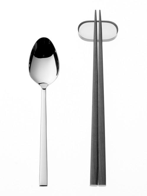 cutlery02.jpg