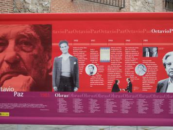 OCTAVIO PAZ, PREMIO CERVANTES 1981. Los Reyes entregan al escritor y novelista mejicano el galardón
