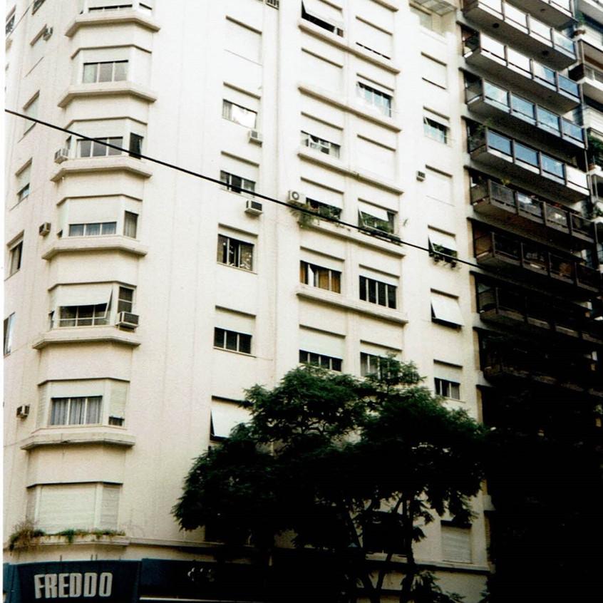Casa donde vivió J. Ortega y Gasset.