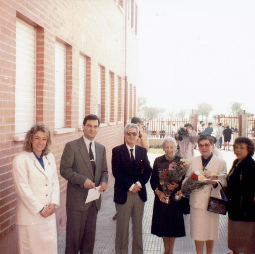 Familiares de Ellacuría en la centro