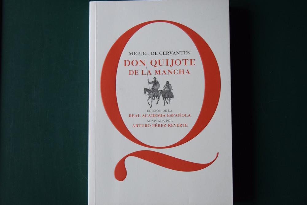 Edición popular-escolar de Don Quijote de la Mancha adaptada por Arturo Pérez-Reverte y la RAE.