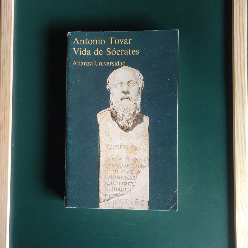 Antonio Tovar: Sócrates.