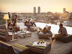 3 Roof Top Terrace To USE