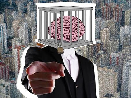 Ideologia: a Prisão de Mentes.