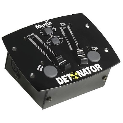 Martin, Detonator