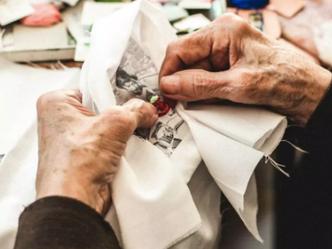 Activité originale et caritative à Lisbonne : atelier couture avec des mamies portugaises !