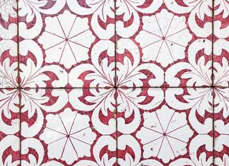 Activité originale et insolite à Lisbonne : peindre des azulejos