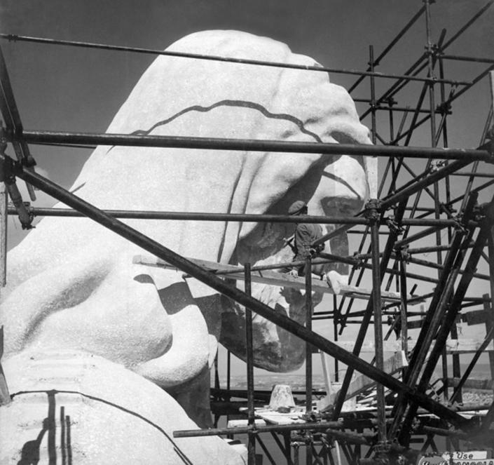 Construction Cristo Rei - Voyage à Lisbonne Blog