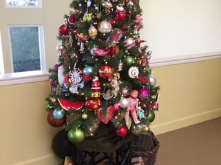 Happy Hour : Christmas Tree Skirts