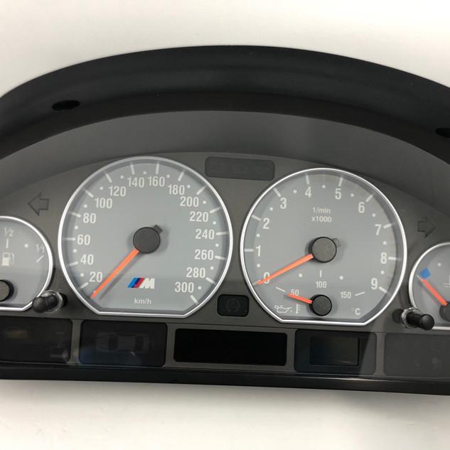 BMW M3 E46 spidometras is MPH i km/h