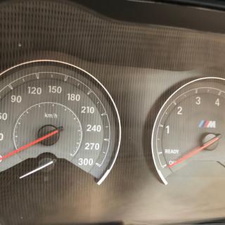 BMW M2 spidometras