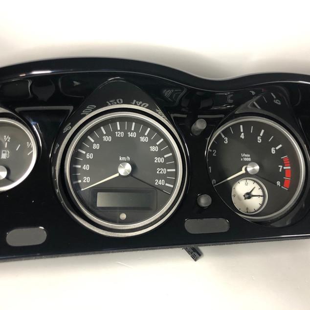 BMW Z8 spidometras