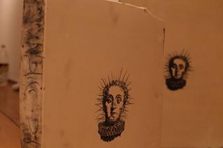 ביקור בהקמת התערוכה החדשה של מיטל כץ-מינרבו