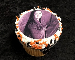 Senior photo cupcake