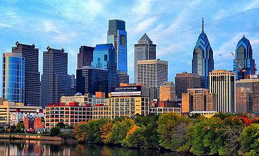 Philadelphia skyline daytime.jpg