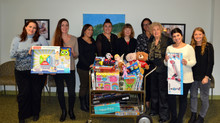 Phi Beta Kappa Association of New York Donates Gifts for Children and Teens Affected by Cancer