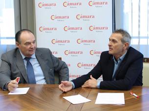 EMPAL i la Cambra de Comerç signen un conveni per a potenciar la formació de les pimes comercials i