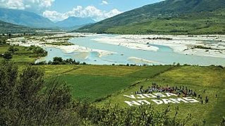 """Albanie. Il faut sauver le dernier fleuve """"sauvage"""" d'Europe."""
