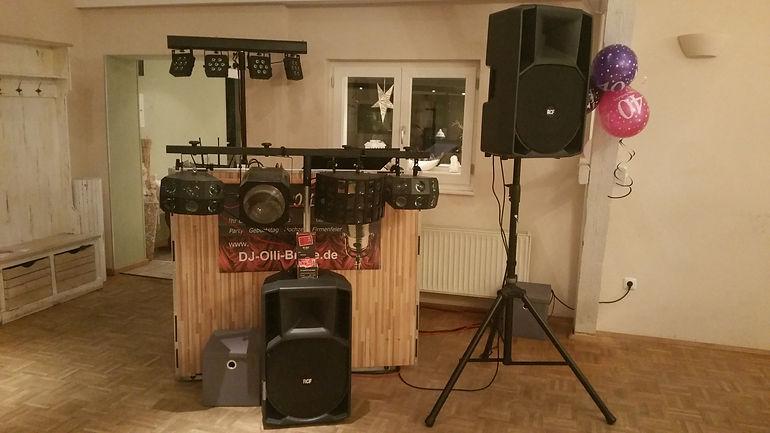 DJ Olli - Musik- und Lichtanlage